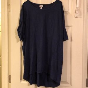 Lularoe Irma Top Navy Blue Size XL.